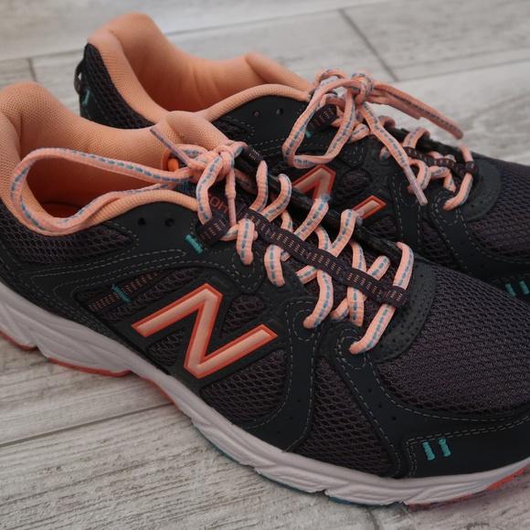 New Balance Womens 42 Memory Foam Shoe